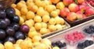 Venditore di frutta abusivo sequestro della polizia municipale