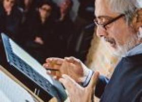 """Al Teatro Genovesi """"Un poeta un po' beta"""" di e con Roberto Lombardi"""