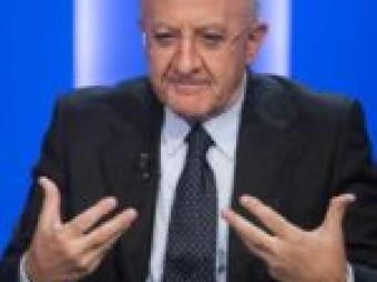 Vincenzo De Luca in diretta per il punto della situazione sui contagi e sulle importanti iniziative che il governo regionale sta avviando per il rilancio della Campania (video)