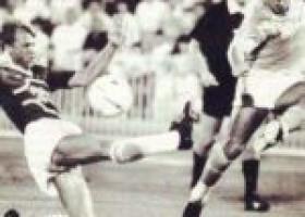 """AD10S, Diego Armando Maradona. Al """"San Paolo"""" il derby con la Salernitana il 28 agosto 1985"""