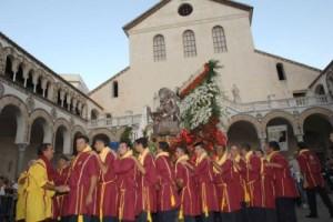 Proseguono i festeggiamenti religiosi a Salerno per la ...