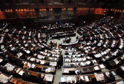 Appello del mondo cattolico italiano al parlamento in for Oggi in parlamento italiano