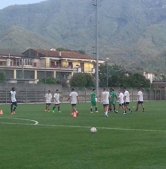 Allenamenti intensi per l'Equipe Campania Soccer ...