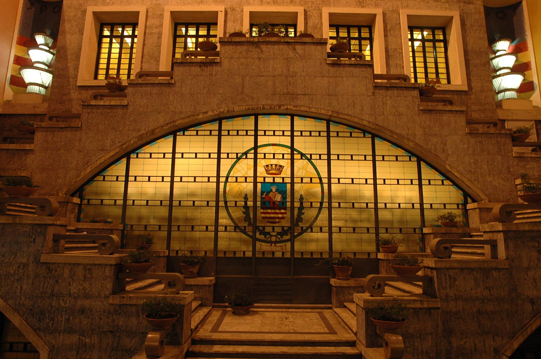 Assunzioni al Comune di Salerno: entro il 2018 saranno più ...